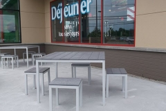 221 Tables Burger King Magog - 13